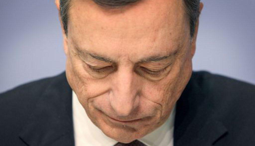 """Mario Draghi intimato di lasciare il gruppo di banchieri """"G30"""""""